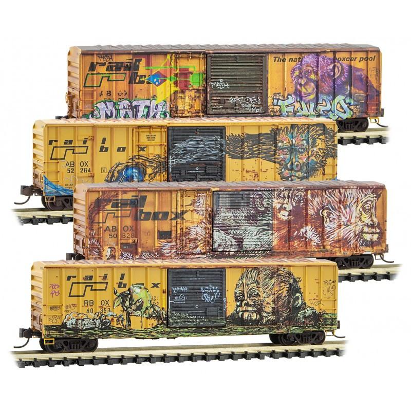 Micro-Trains N - Vagões Fechados, Envelhecidos e Grafitados - Set com 4: 993 05 600
