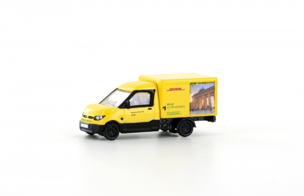 "Minis / Lemke - ""Street Scooter"", DHL Berlin (N): LC4556"