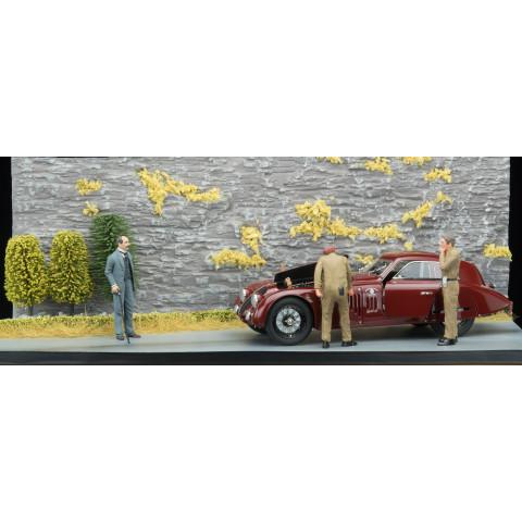 CMC - Alfa Romeo 8C 2900B Road Service Diorama: A-017