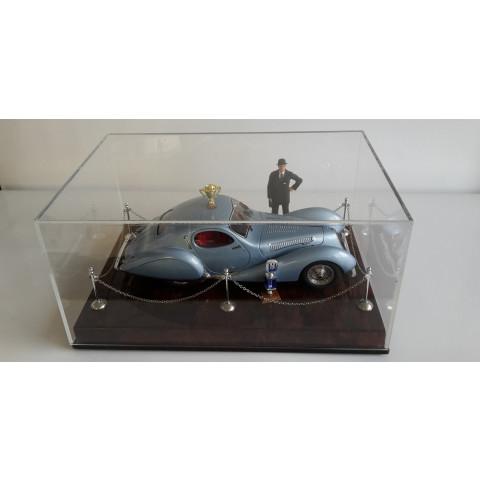 CMC - Talbot Lago Coupé T150 C-SS Exhibition Diorama: A-018